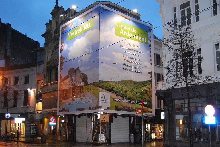Antwerpen-Werbebanner-Sitzsacken-Recycling